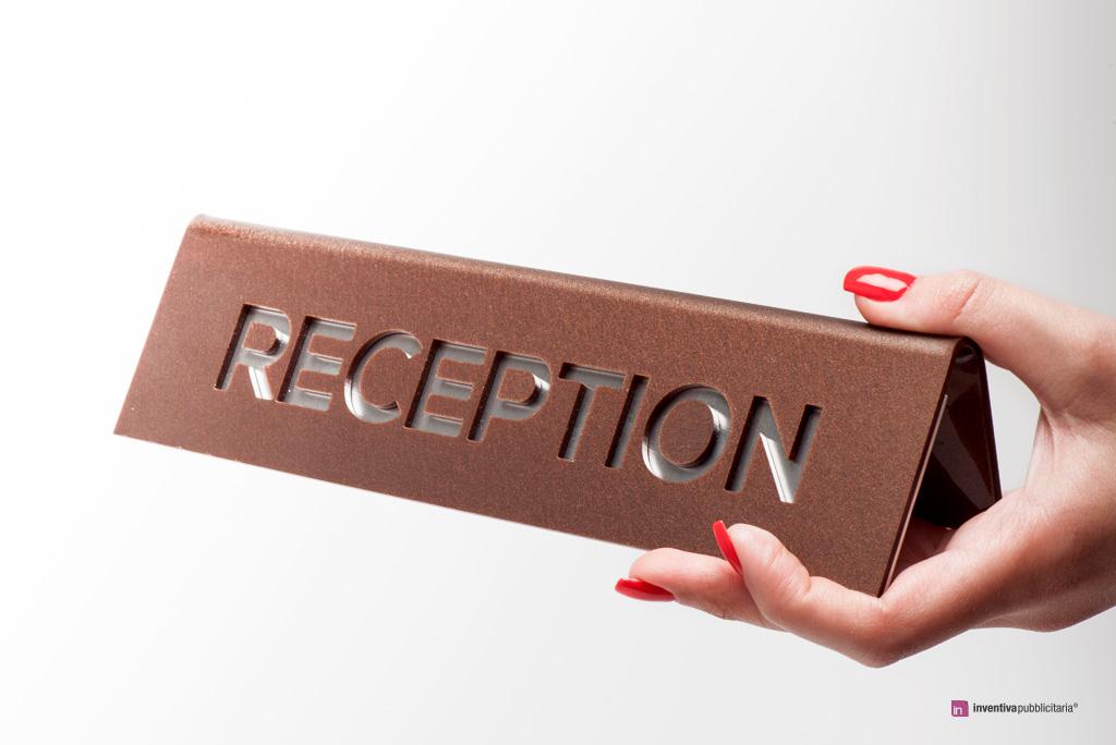 Targhetta per reception