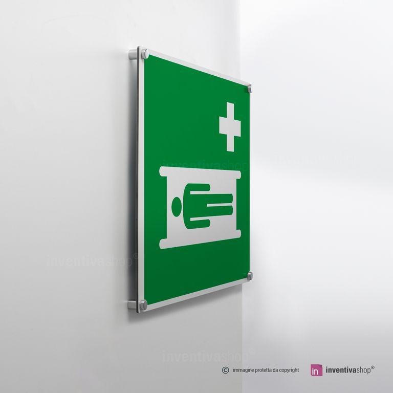 Cartello barella di soccorso E013