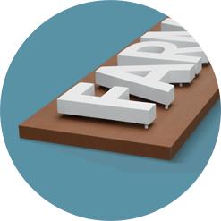 Insegne con Lettere sporgenti su pannello scatolato