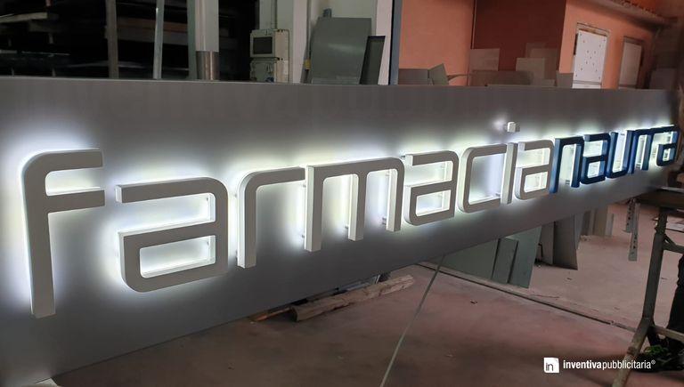 LetPanel con lettere luminose CLASSIC-BACKLIT